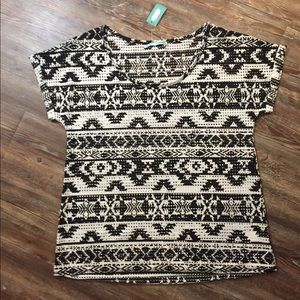 NWT Maurices Black & White Short Sleeve Top